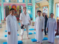 DR. LUKAS POKORNY'S VISIT TO SAIGON TEMPLE AND TAY NINH HOLY SEE- JULY 2010