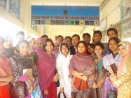 52 STUDENTS TAKING CAODAISM COURSE IN 2013 AT THE UNIVERSITY OF DHAKA, BANGLADESH.